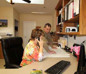 regular communication, Making New Home Construction Less Stressful